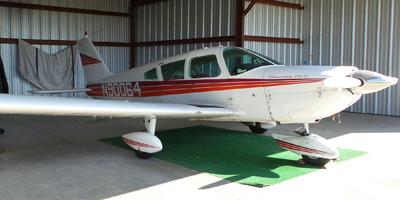 Piper Cherokee 235