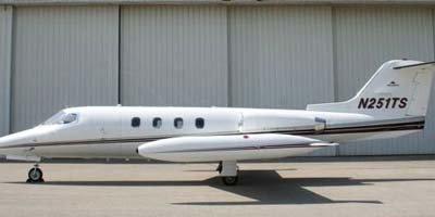 Learjet 25